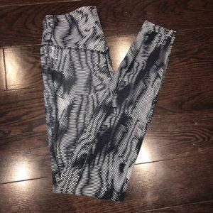 Nike High-Waisted Geometric Print Leggings